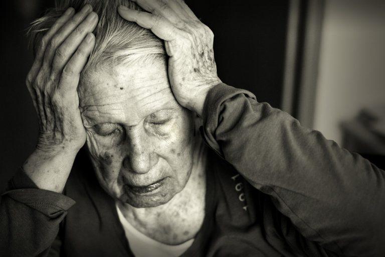 геморрой у пожилых людей