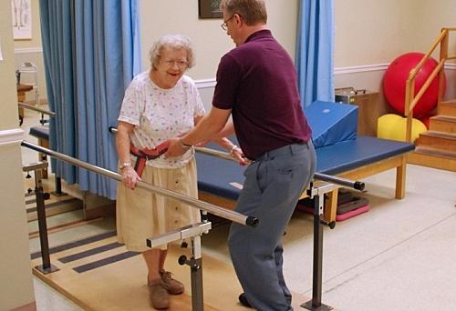 Реабилитация после перелома шейки бедра в больнице частный дом престарелых в нижегородской области